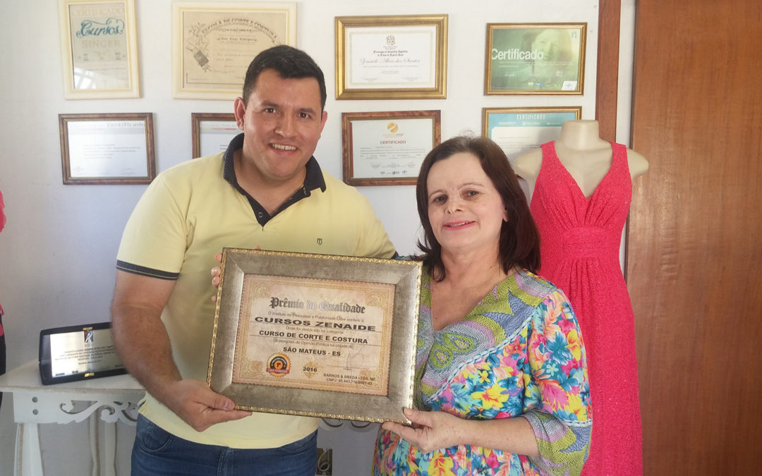 Zenaide recebe o Prêmio Empresa Líder 2016